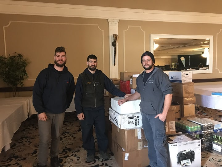 Cassidys-movers-unloading-donations